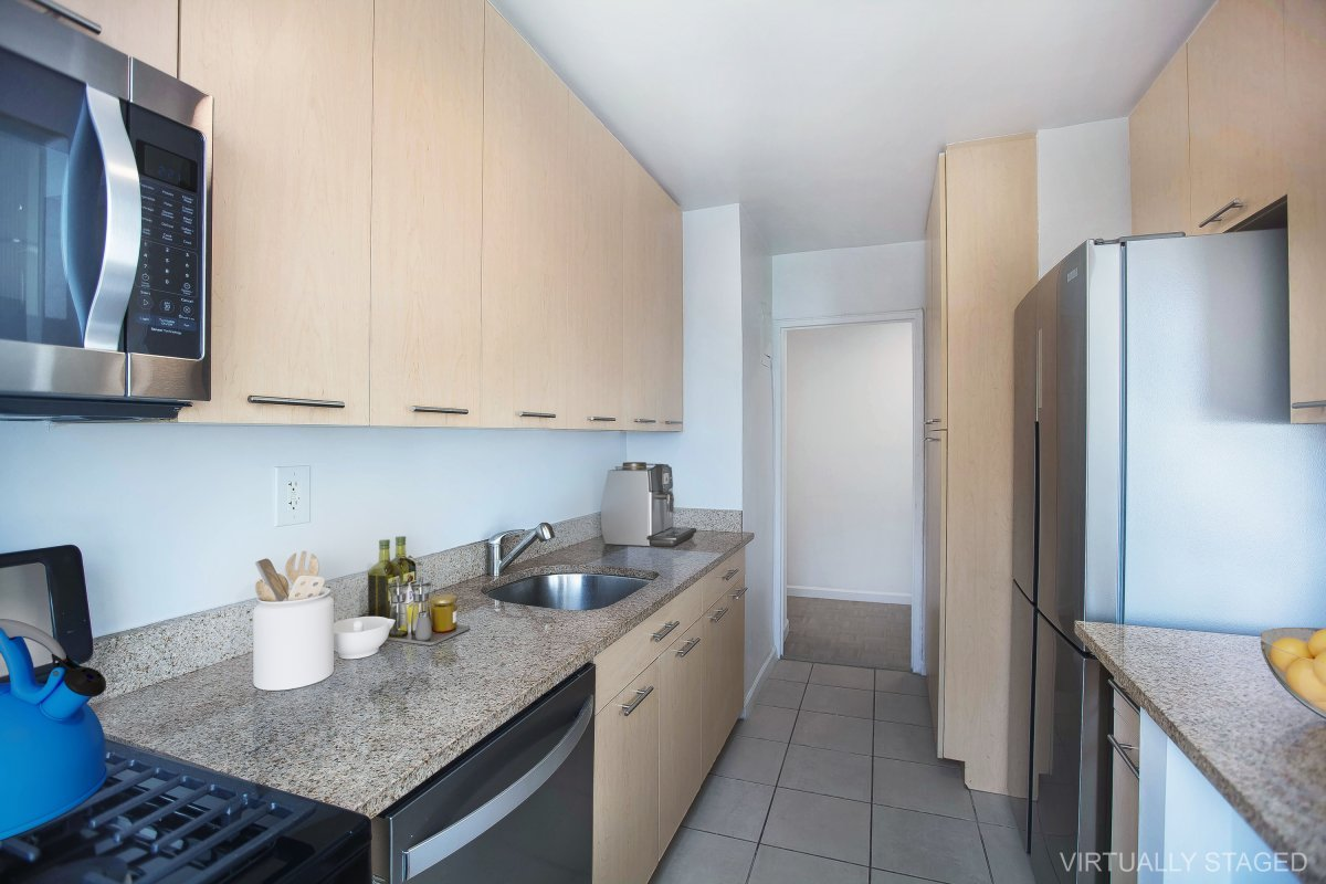 Huge 1 Bed with Utilities Included!