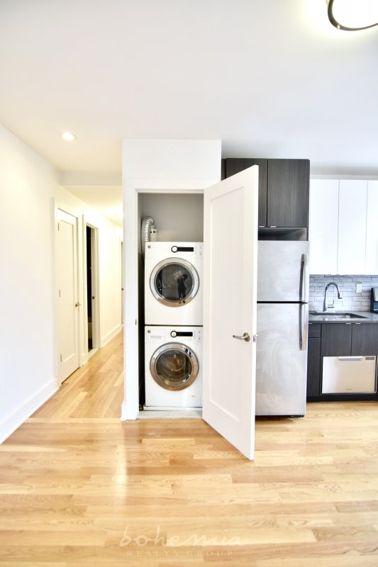 Beautiful, renovated 3-Bedroom/2-Bath