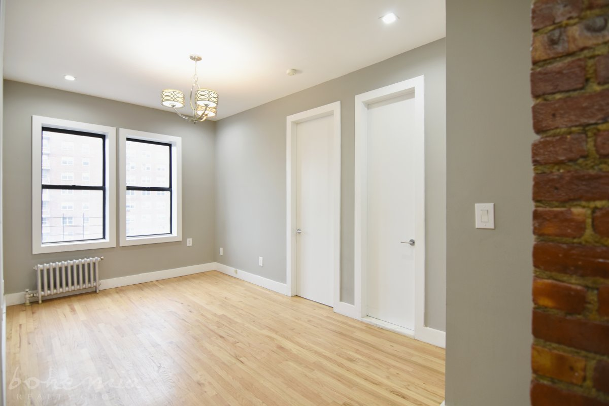 Amazing 2 bedroom with Everything!