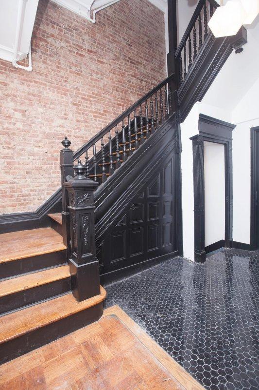 Hamilton Heights Historic Studio!