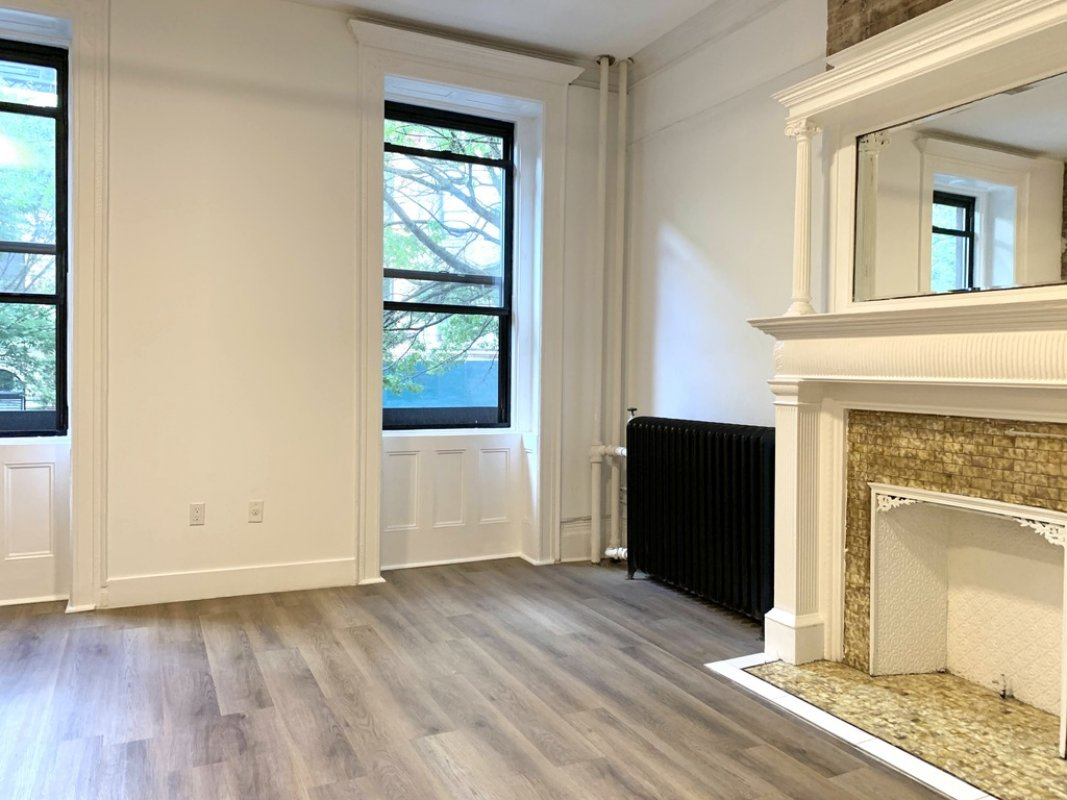 Newly Renovated Studio in Beautiful Town