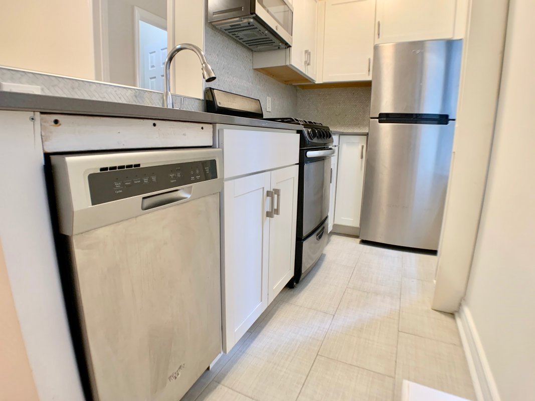 Affordable One Bedroom with Amenities