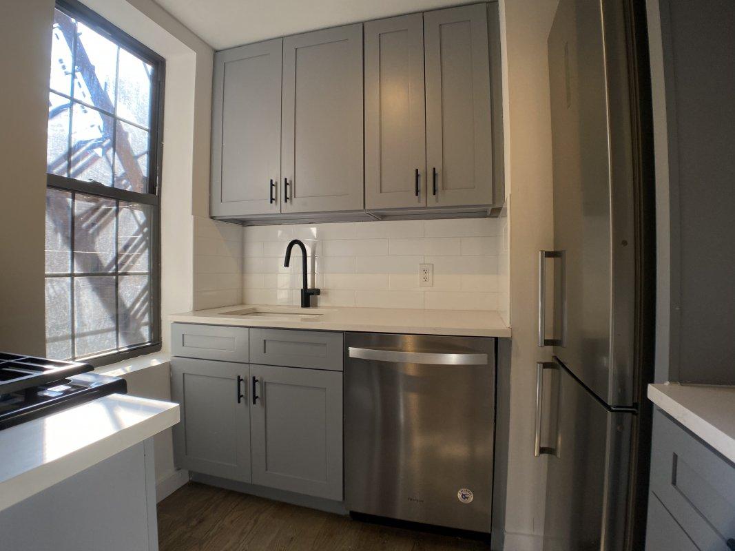 Lovely 3BR apartment in Harlem.