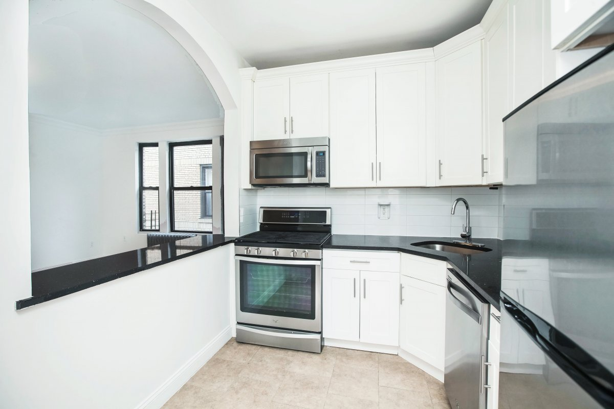 Stunning 4 Bed in Hamilton Heights!