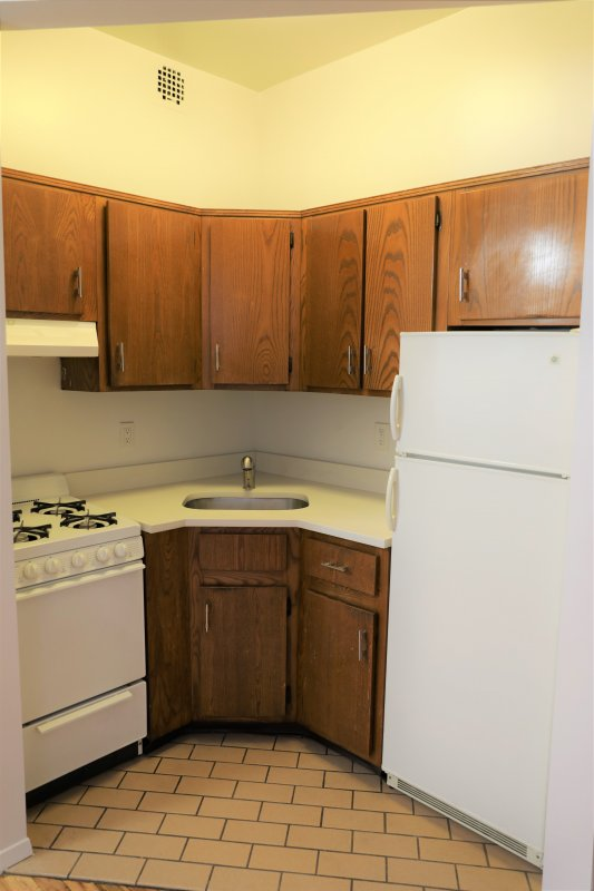 Amazing one Bedroom ! Elevator, Laundry