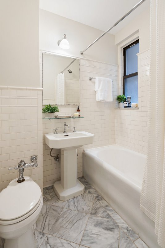 305 West 86th Street, 7-A