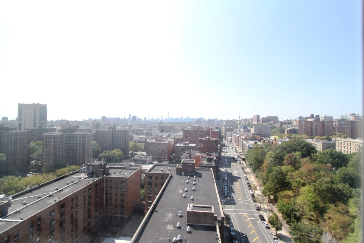 Spacious 3BR! Central Park Views!