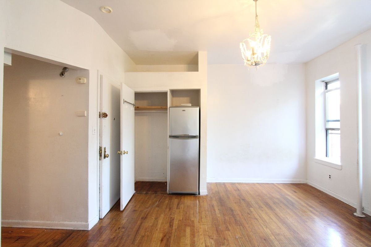 Great Affordable Price! Great Studio!