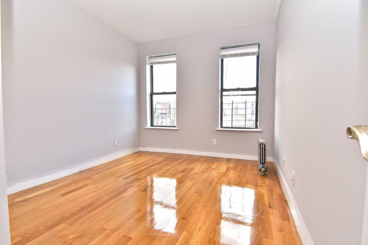 Hudson Heights 2BR Deal!
