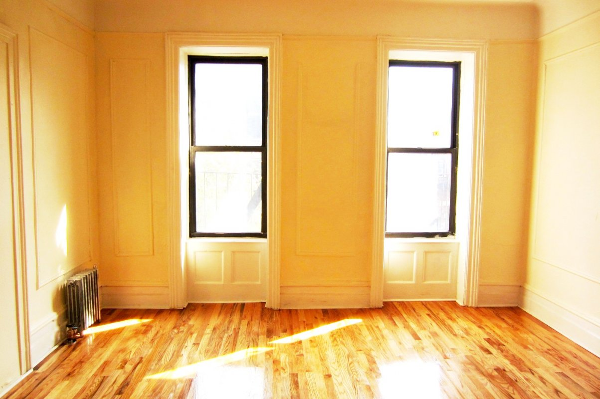 Great 3BR just two Blocks from 1 Train!