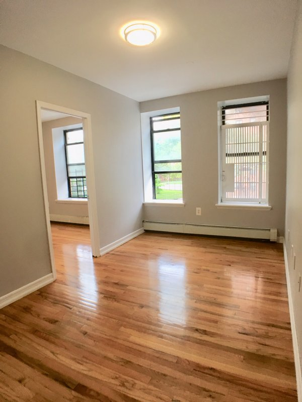 Awesome 125th street 1 BR w/ W/D!