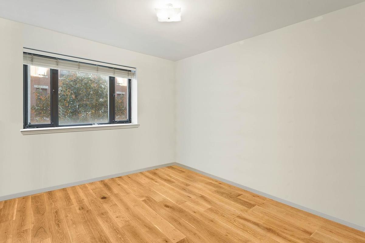 2BR, 2Full Bath,Washer/Dryer,Roof Deck