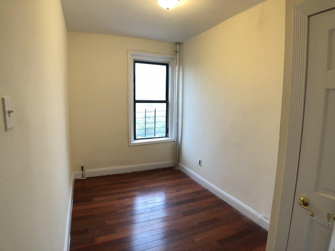101 Audubon Avenue, Unit 62