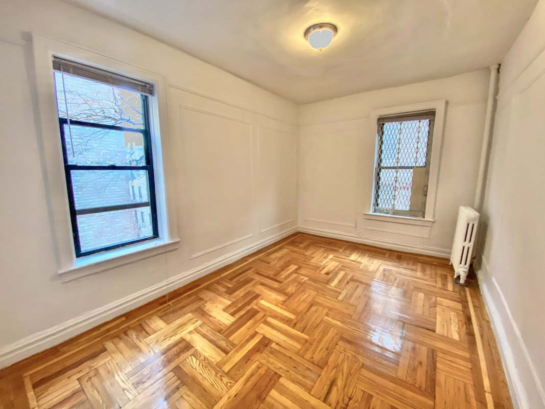 Spacious 1 Bdr in Historic Hudson Height